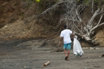 Beach Clean Up. Credit: ISA/ Rommel Gonzales