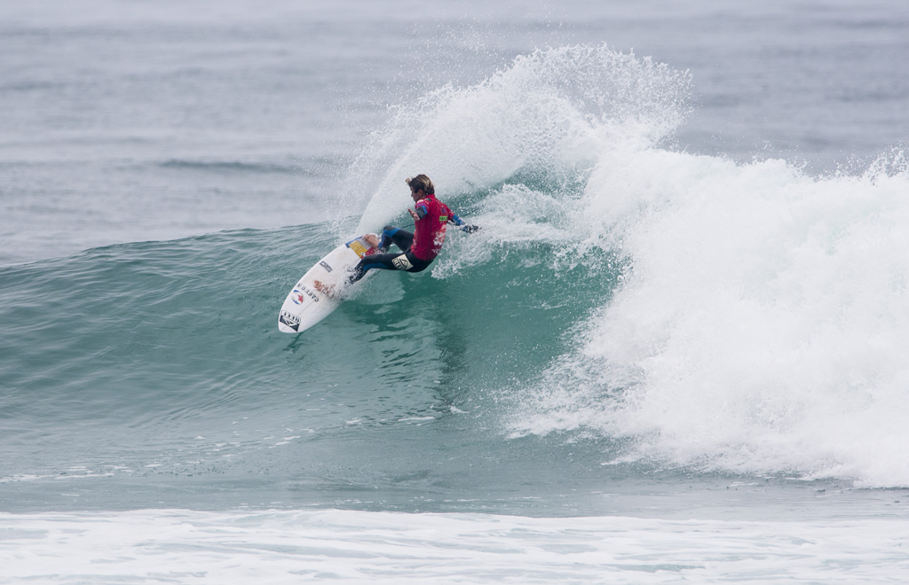 Anthony Fillingim from Costa Rica had the highest total heat score of Main Event Round 3, with a total score of 16.36. Photo: ISA/Rommel Gonzales