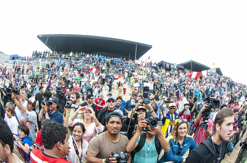 It was a packed house of Peruvian supporters during the Closing Ceremony. Photo: ISA/Rommel Gonzales